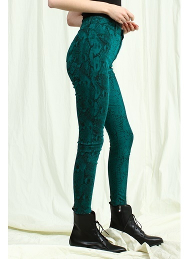 Collezione Pantolon Yeşil
